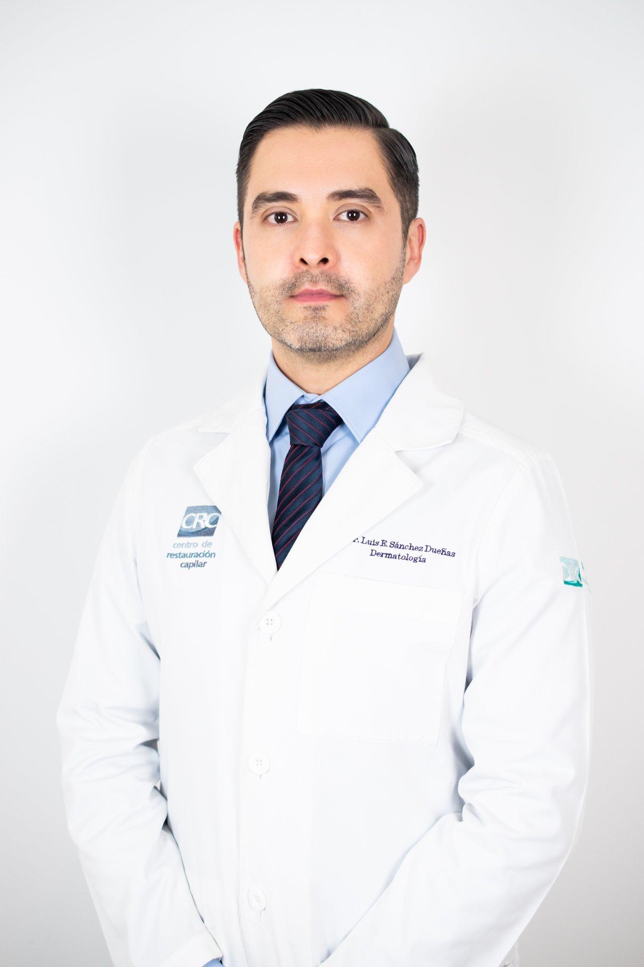 Dermatólogo Luis Enrique Sánchez Dueñas
